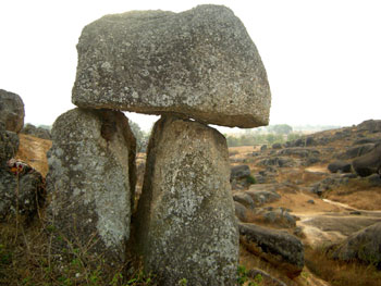 megaliths_bhandra_small