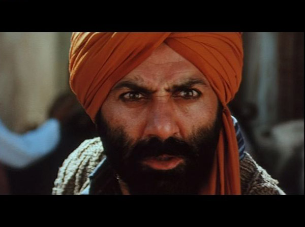 Actor Sunny Deol in the movie Gadar(2001). Photo: Flickr /  Michael Langhans