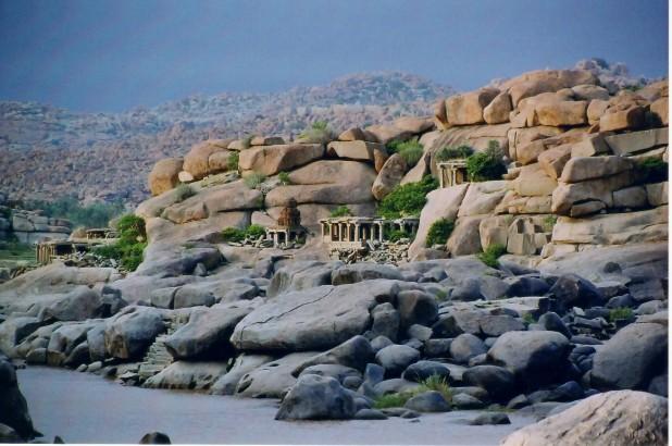 Panoramic view of the natural fortification and landscape at Hampi Photo : Dinesh Kannambadi