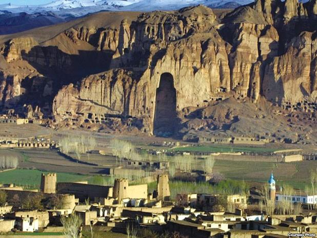 Bamiyan Valley, Hazarajat. flickr / james_gordon_losangeles