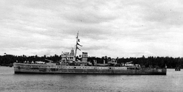 HMIS Hindustan, an Indian navy ship at Bombay Harbour after the Second World War. (Photo: Wikipedia)