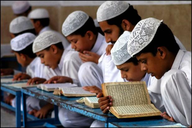 Students of Madarasa in Bhalwal, Pakistan (Photo: Rizwan Sagar/Flickr)